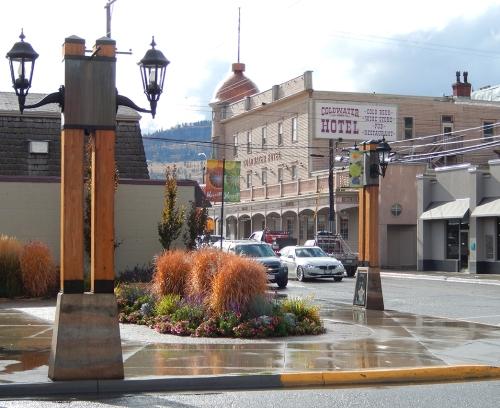 downtown-spirit square
