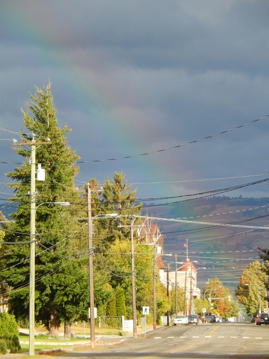 There must have been 2 pots 'o gold, since this rainbow last week was a full half circle!
